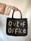 Bolso Out of Office negro y natural pequeño